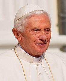 Benedicto_XVI,_2011